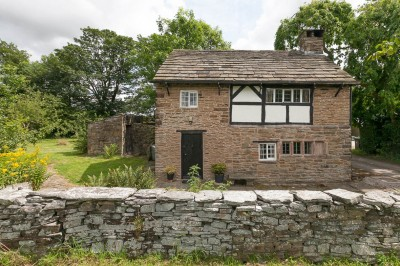Grade II listed cottage with half acre orchard